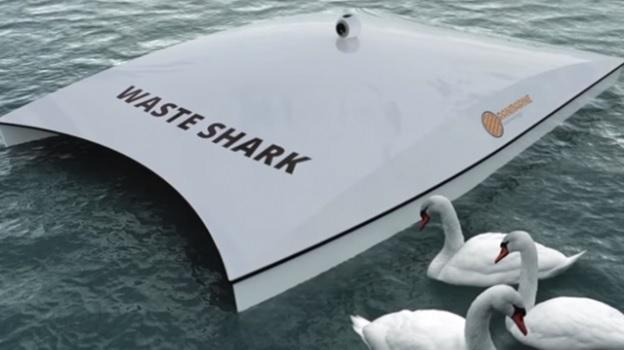 Сборщик отходов в океане