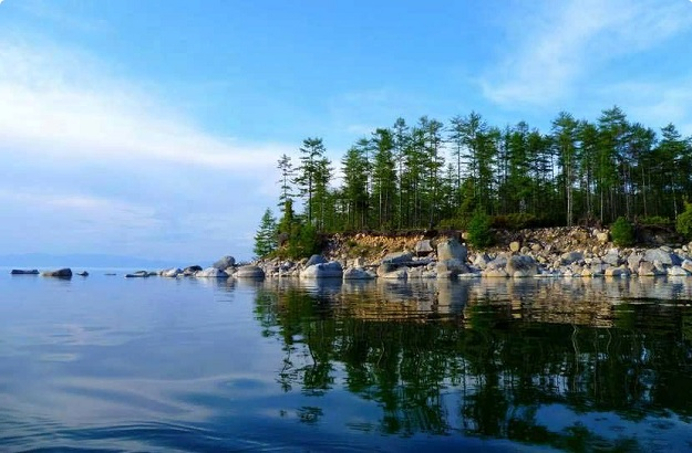 Вода озера Байкал